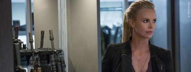 Charlize Theron als Cipher in Fast And Furious 8!