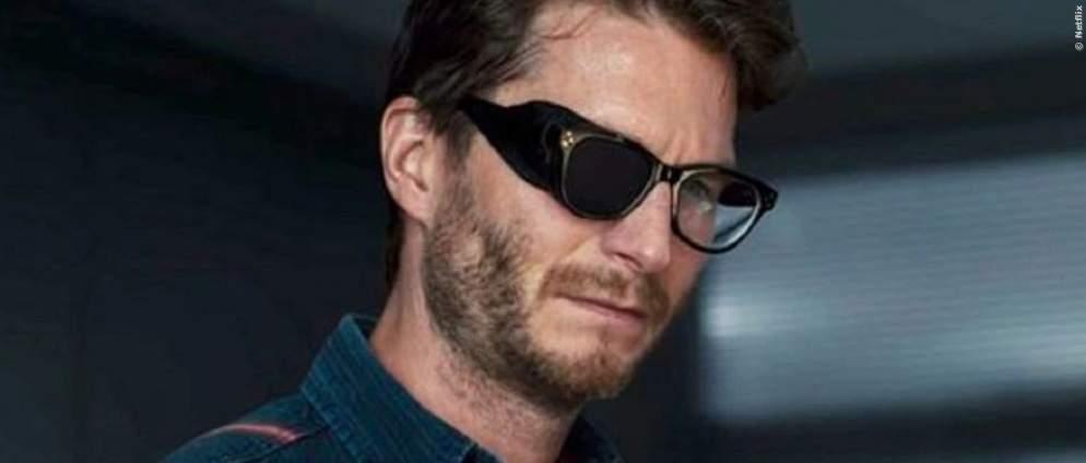 Dark: Wie hat Polizist Wöller sein Auge verletzt?
