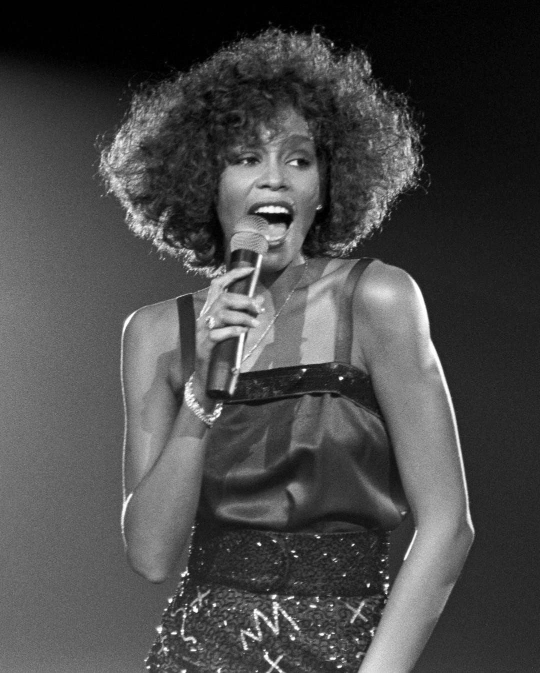 Whitney - Can I Be Me Trailer - Bild 1 von 11