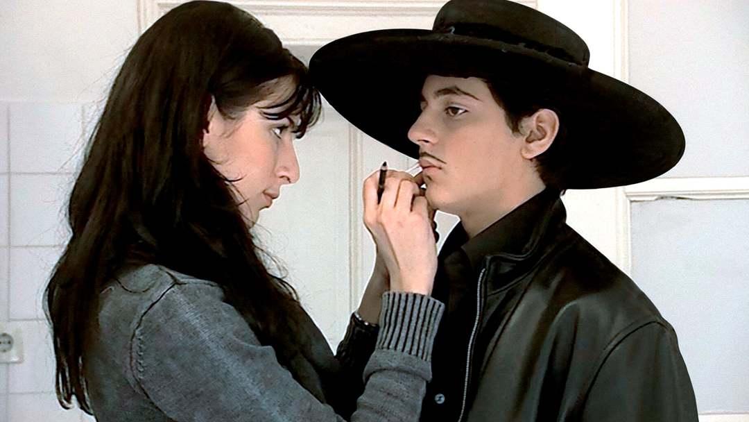 Zorros Bar Mitzvah Trailer - Bild 1 von 5