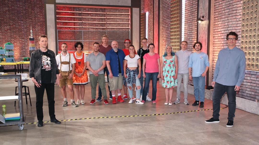 Daniel Hartwich baut LEGO bei RTL - Neue Show - Bild 1 von 10
